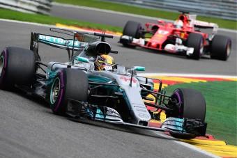 F1: Hamilton nyerte a sprintversenyt