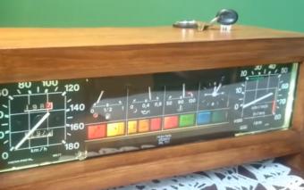A digitális alkalmazások világában üdítő látvány egy ilyen zseniális rádió