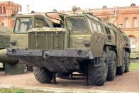 Variációk orosz autószörnyre – MAZ
