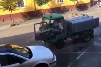 Locsoló bosszantja a kecskeméti autósokat
