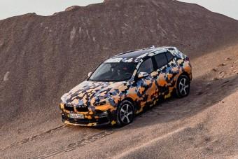 Gyári kémfotókon virít a BMW X2
