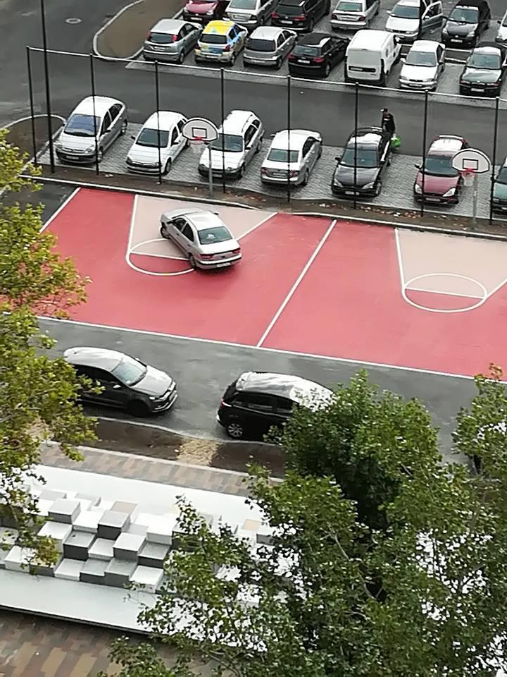 Az év pofátlan parkolását villantották Kispesten