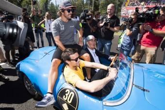 Alonso: Söröztek a versenybírók!