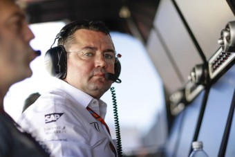 F1: Kéthetes késésben a McLaren