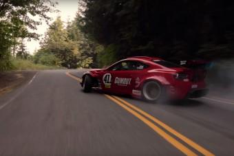 Ahogy ez a Ferrari motoros GT86 veret, attól nem kell kikapcsolóbb hétvégére