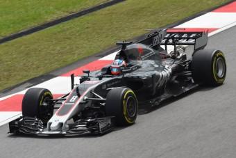 F1: Durva balesettel ért véget a szabadedzés - videó