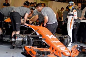 F1: A Honda helyett bármivel jobban járna a McLaren