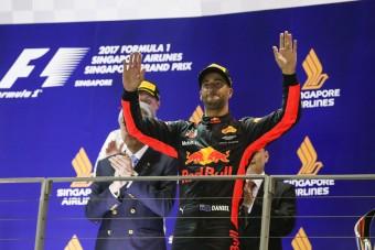 F1: Csoda, hogy Ricciardo célba ért