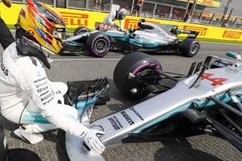 F1: A Mercedesnek elege van a dívából