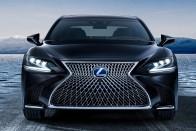 Plug-in hibriddel, sportmotorral bővülhet a Lexus LS kínálata