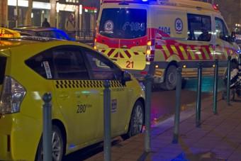Taxis terrorizált egy szirénázó mentőt Budapesten