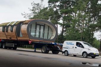Egy egész házat húzott el a Nissan villanyfurgonja