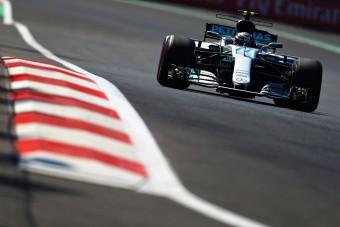 F1: Ütközött az újonc az első edzésen