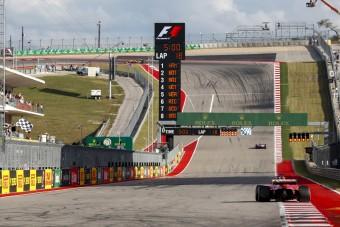 F1: Hat pilótát büntettek, így változik a rajtsorrend