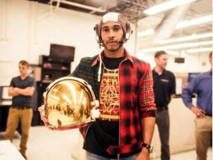 F1: Hamilton űrhajóra cserélné a Mercit - videó