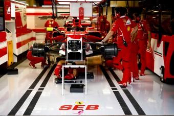 F1: Vettel új autót kap szombatra
