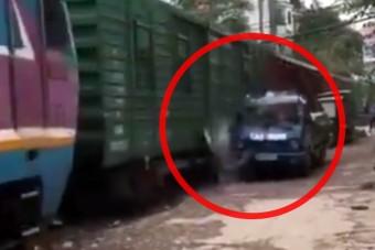 Ezért nem ajánlott vonatsínek mellé parkolni