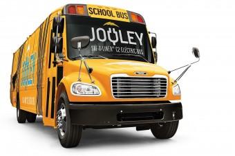 Eltűnhetnek a füstokádó iskolabuszok