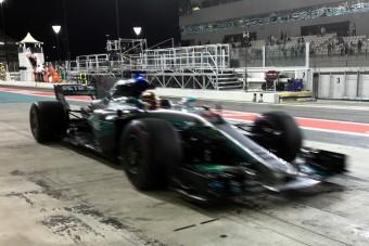 F1: Hamilton visszavágott Vettelnek