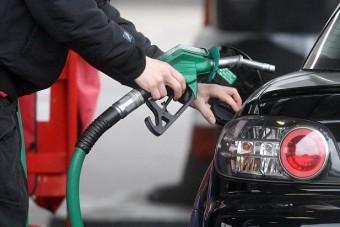 Egyre nagyobbakat hazudnak az autógyárak