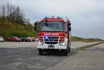 Ettől a magyar tűzoltóautótól eláll a szavad