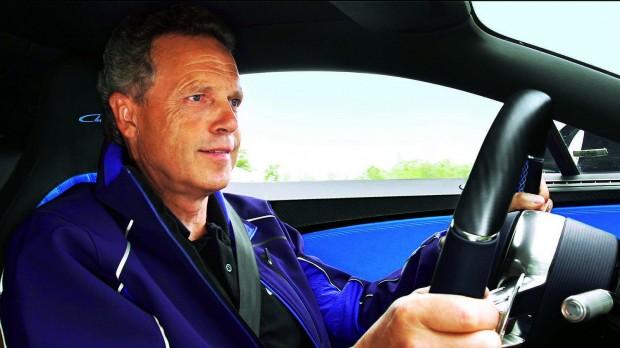 Wolfgang Dürheimer, a Bugatti elnöke. Mellesleg okleveles mérnök és autóbolond