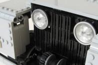 Műanyagból is lehet Land Rovert építeni