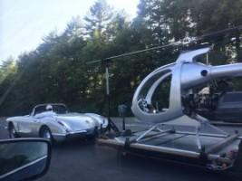 A nap képe - Corvette vontat helikoptert