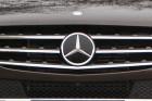 Terepjárónak látszó tárgy: Mercedes ML