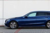 22 millióért ezt tudja ma egy kombi Mercedes