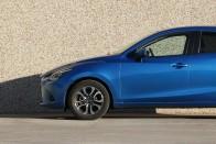 Kiskocsi nagy tudással: Új Mazda2