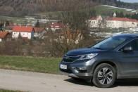 Honda CR-V: jót tett a frissítés