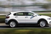 Kínai autó, testközelből: drága és nem az igazi