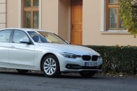 Teszt: BMW 318d Sport Line aut.