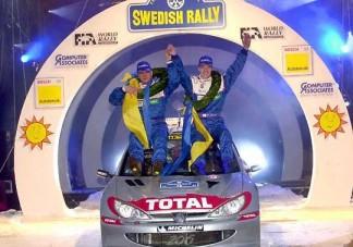 Opel: növekvő veszteségek, távozó vezér