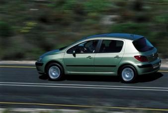 Hamarosan Magyarországon is bemutatkozik a Peugeot 307-es
