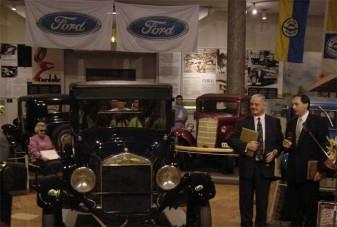 Átadták a T-Fordot a Közlekedési Múzeumnak