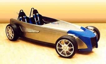 Toniq-R: az üdítő sportautó