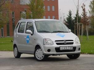 Teszt: Opel Agila 1.3 CDTI - Kerregő dobozka