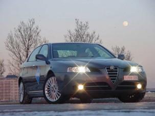 Teszt: Alfa Romeo 166 2.4 JTD - Fiatalos öregúr