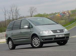 Teszt: Volkswagen Sharan 1.9 TDI - Csak magabiztosan