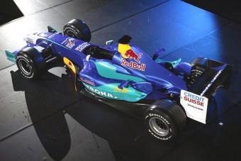 Villeneuve két évre a Sauberé