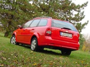 Teszt: Chevrolet Lacetti Wagon 1.8 Platinum - Értékelvű