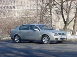 Teszt: Opel Vectra 1.9 CDTI Design Edition - Álcázott hightech