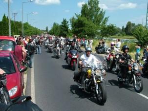 Harley-találkozó: a motorosok jó emberek