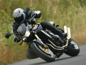 Motorteszt: Kawasaki Z1000 - Meztelenül szuper!