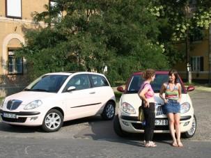 Teszt: Lancia Ypsilon bi-color 1.4 - Maffiózó lány
