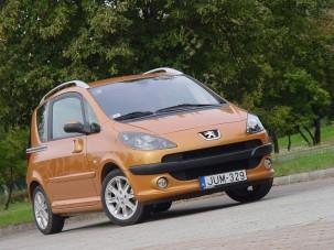 Teszt: Peugeot 1007 1.6 2 tronic Sporty - Feltűnő jelenség