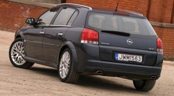 Teszt: Opel Signum 3.0 CDTI