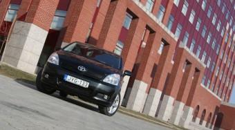 Teszt: Toyota Corolla Verso 2.2 D-4D D-CAT
